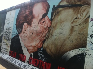 'the kiss' East Side Gallery